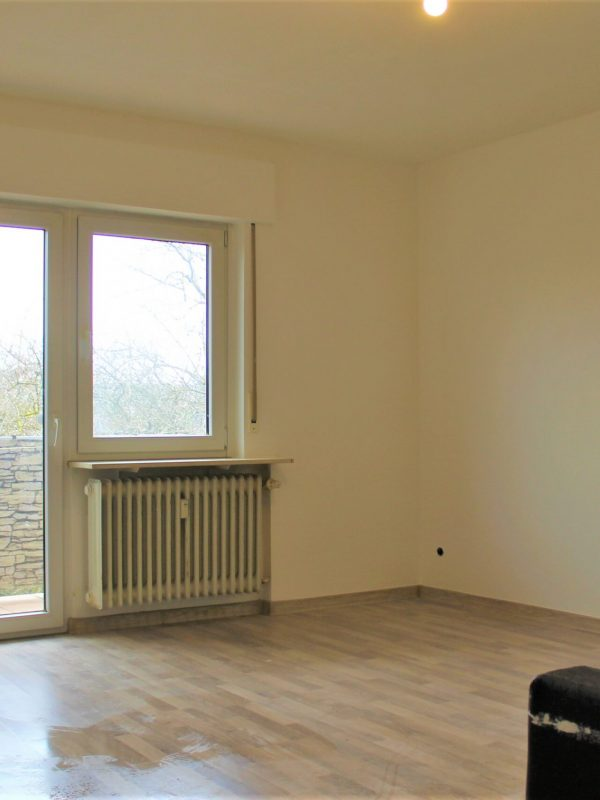 Wohnzimmer-ETW-Gernsheim-scaled.jpg